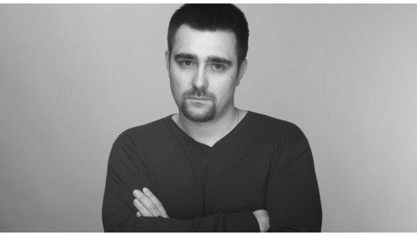 Писатель Платон Беседин выезжает с гуманитарной миссией на Донбасс