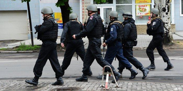300 милиционеров перешли на сторону ДНР в Донецке