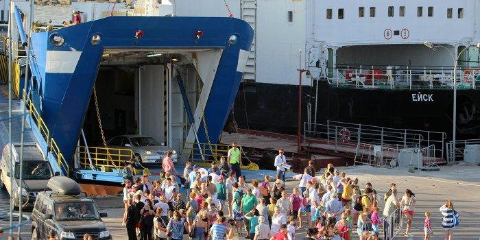 Возобновились перевозки в Крым по «единому билету»