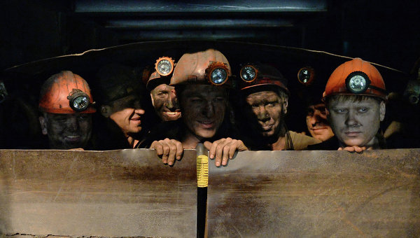 «Нам нечего есть». Жизнь шахтера на 25 гривен в месяц