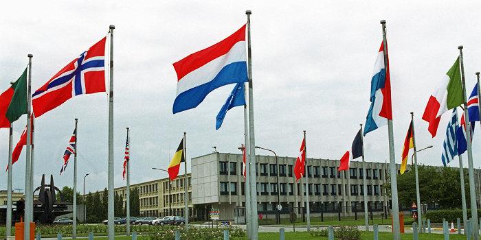 НАТО отказалось всерьез комментировать слова Турчинова о системе ПРО на Украине