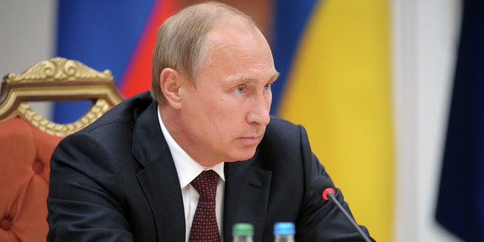 Путин: нужно начать восстанавливать инфраструктуру Донбасса