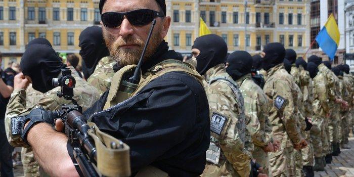 Иностранцы едут охотиться на жителей Новороссии