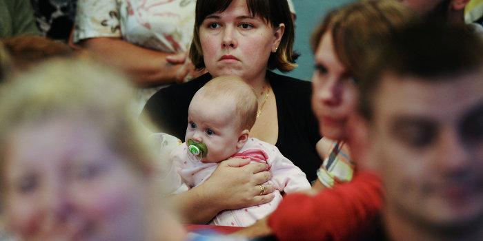 В Харькове националисты напали на лагерь беженцев