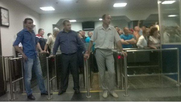 Киевский авиазавод Антонова окружили внутренние войска Украины