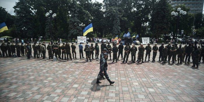 Командиры украинских батальонов обвинили командование в предательстве