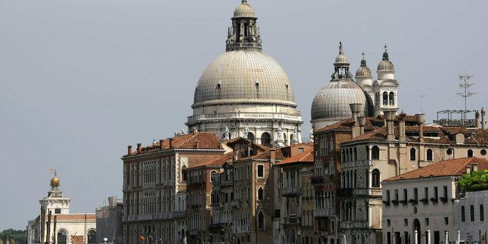 В Венеции начался суд над Порошенко и Обамой