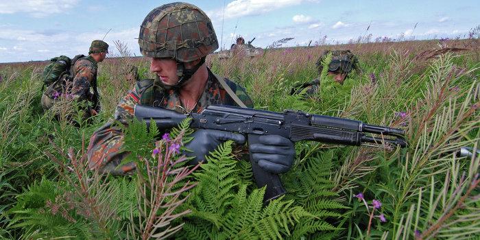 Немецкую армию развалили «реформаторы» и «неизвестные мародеры»