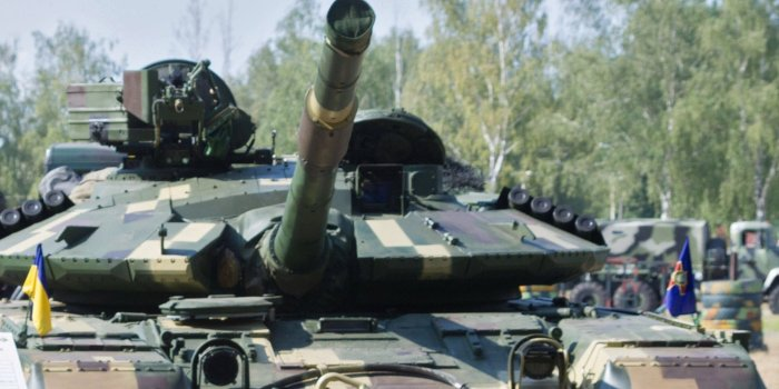 Нацгвардия отобрала 10 танков Т-64  у Конго