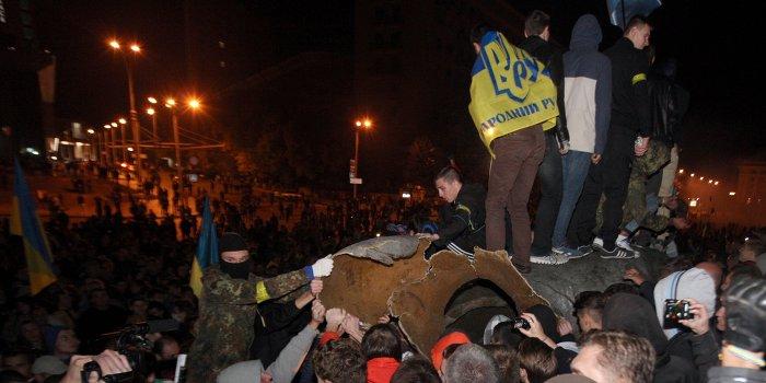 Снос памятника в Харькове - это централизованная политика насаждения «единства»