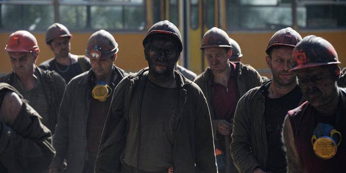В Кривом Роге бастующие шахтеры вышли на поверхность