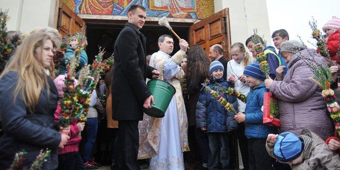 Греко-католики собираются захватить все храмы на Западной Украине