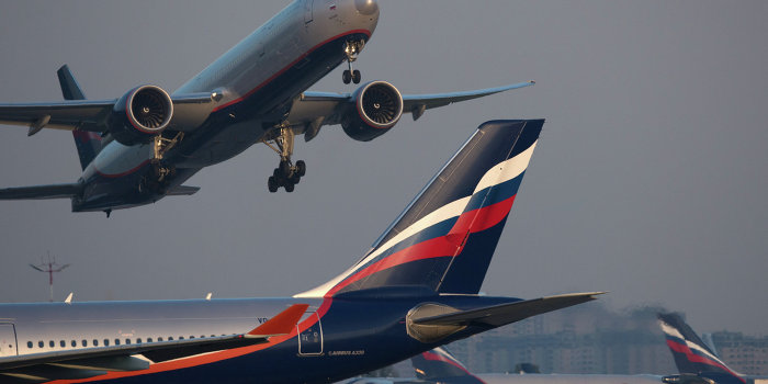 «КоммерсантЪ»: Гражданским самолетам могут закрыть небо Севастополя