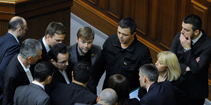Семенченко получил ранение в боях между Нацгвардией и бойцами батальона «Донбасс»