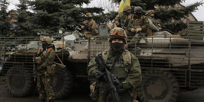 Коротченко: На Украину поступает контрабандное оружие из Вашингтона