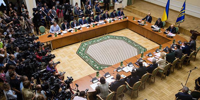 Кабмин вводит пограничный режим с зоной «АТО» и Крымом