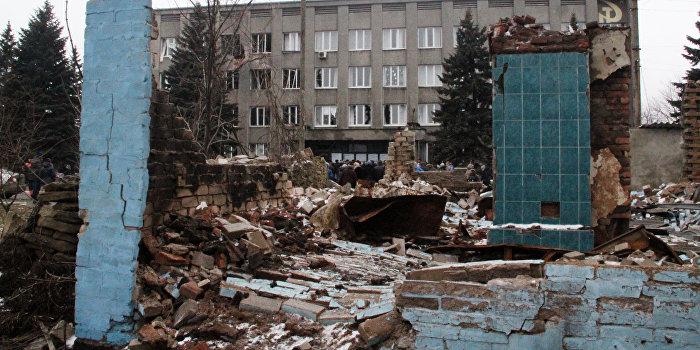 Украинские войска применяют запрещенные боеприпасы в Дебальцево