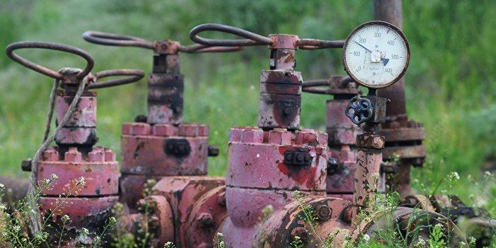 Яценюк намерен покупать российский газ через Европу с наценкой