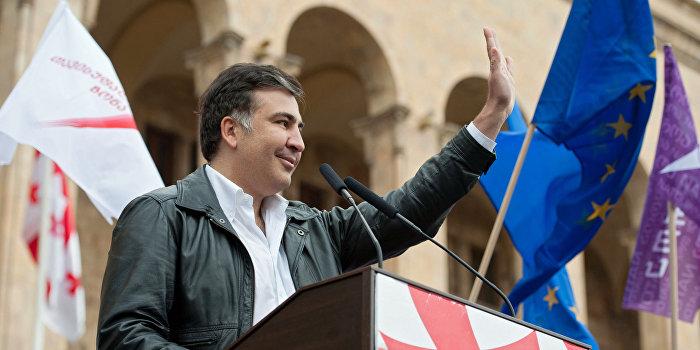 Саакашвили намерен выиграть президентские выборы в Грузии