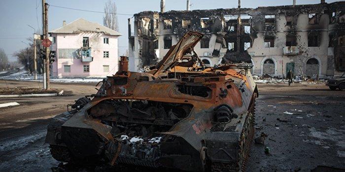 Украинский эксперт: Массовая гибель солдат ВСУ под Дебальцево - не трагедия для Украины