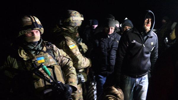 В Донбассе состоялся обмен пленными: 139 силовиков на 52 ополченца