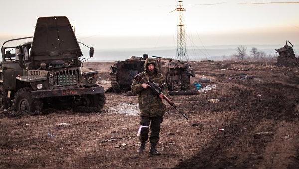 Захарченко: Киев исчерпал запасы советского  оружия