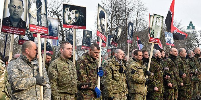 Марш «Правого сектора»: Третьего майдана не будет - будут сразу расстрелы