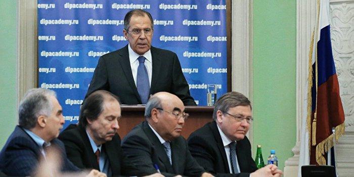 Лавров: Только внеблоковый статус предотвратит раскол Украины