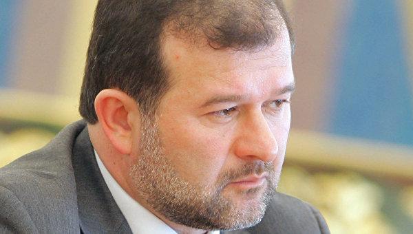 Балога: Яценюк думает, как «красиво» уйти в отставку