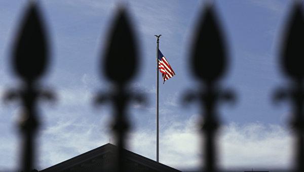 Опасные манёвры США