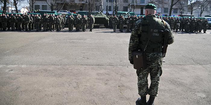 Скандал в Одессе: Украинский командир приказал пограничнику снять сине-желтую ленту
