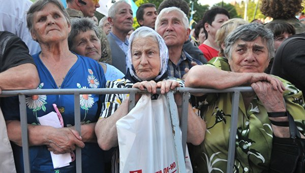 Яценюк: Думайте не о себе, а о будущих поколениях