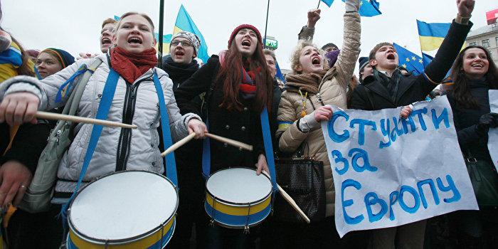 На Украине закрывают около 500 вузов