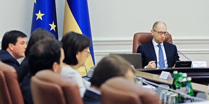 Бондаренко: Заявление Яценюка о досрочных выборах в Донбассе - бредовая идея