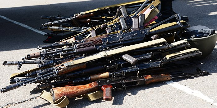 В республиках Донбасса приступили к принудительному разоружению населения