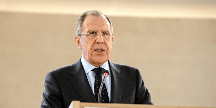 Лавров: Предложение Киева по миротворцам - отвлекающая «штучка»