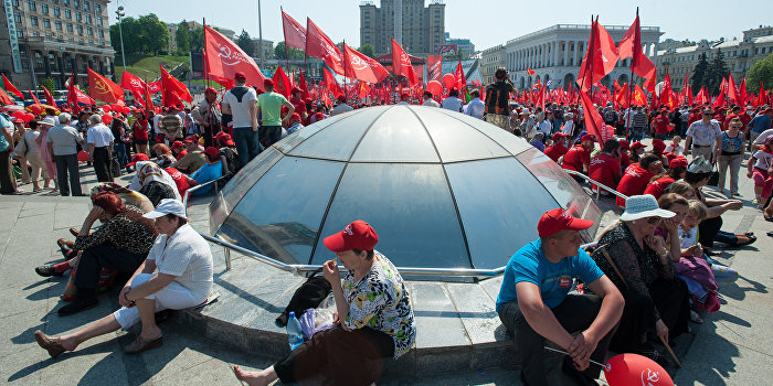 «Компартия Украины превратилась в левое крыло «Партии регионов»