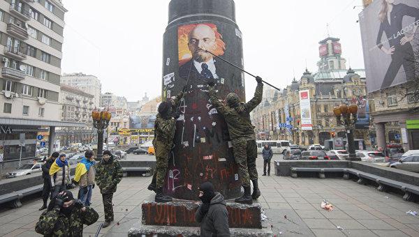 За использование советской символики на Украине могут посадить на пять лет