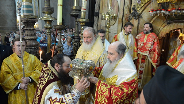 Патриарх Иерусалима: Украине следует бороться за мир лишь любовью