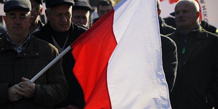 Польша заявила претензии на имущество Западной Украины