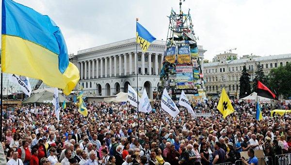 Завоевания революции: почему у Ленина получилось, а у Порошенко нет