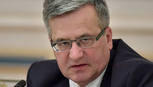 Коморовский: Закон об УПА делает невозможным польско-украинский диалог