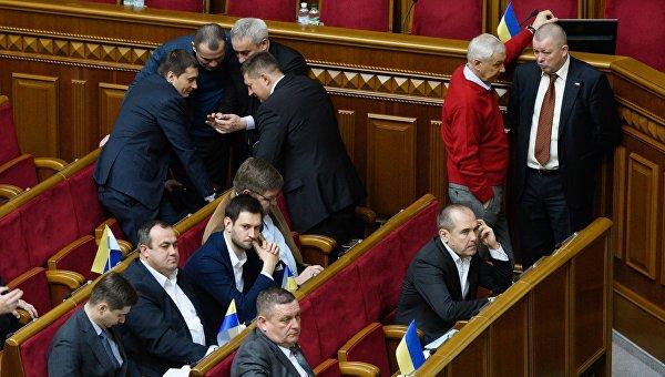 «Революция» начала «жрать своих»: в украинском парламенте анонсированы аресты