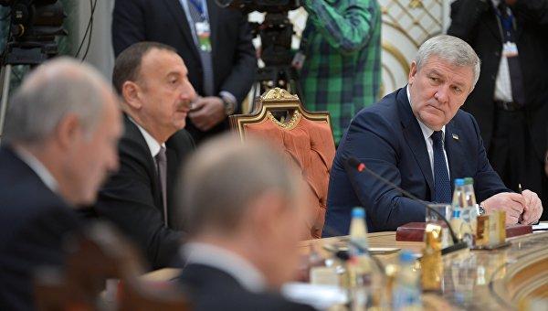 Порошенко отзывает украинского посла в Белоруссии