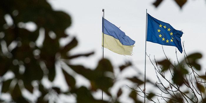 Financial Times: Евросоюз заставляет Украину выполнять минские договоренности