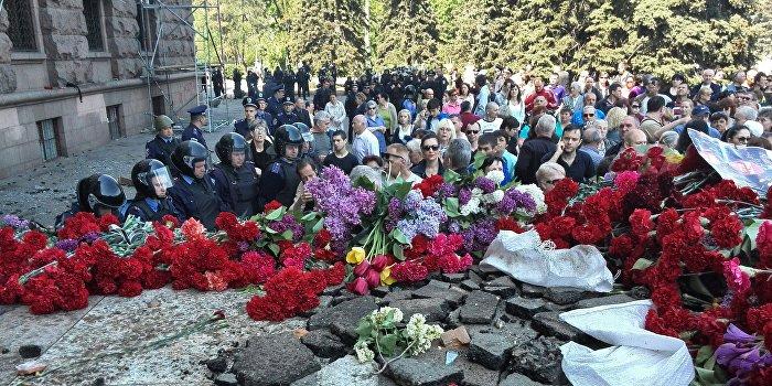 Поле Куликово. Киев поставил цель – убрать палаточный лагерь до 9 мая