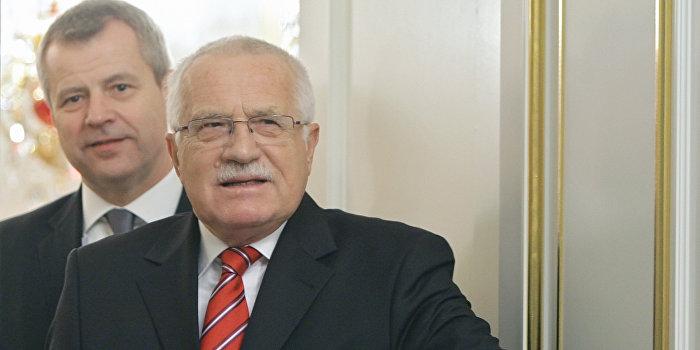 Экс-президент Чехии: Украина не в состоянии стать суверенной страной