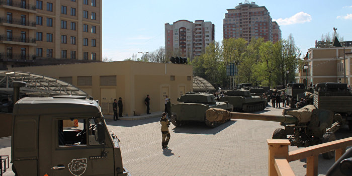 В Донецке проходит репетиция парада Победы