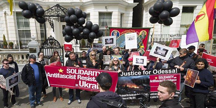 В мире отдали дань памяти жертв трагедии в одесском Доме профсоюзов
