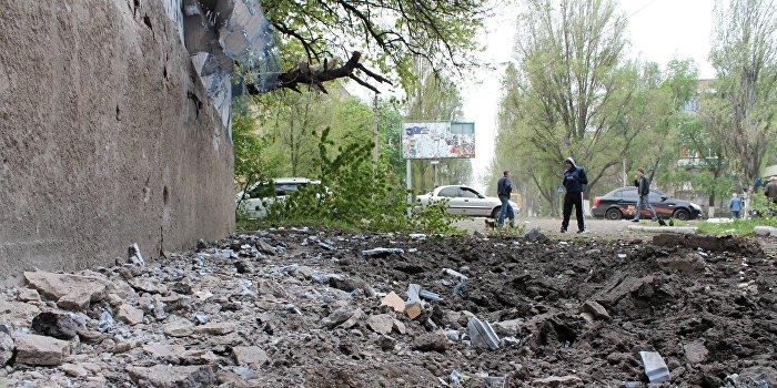 ДНР: В результате украинских артобстрелов погибли мирные жители